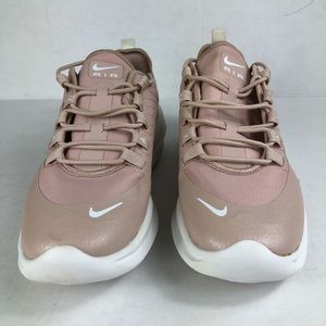 Nike Air Max Axis Women's Shoe Size 10 - Pink